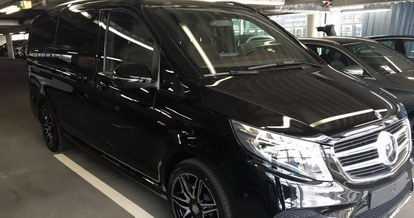 Booking prestige minivan and rent comfortable VIP 7 or 9-seat business class minibus for trips with friends in Germany