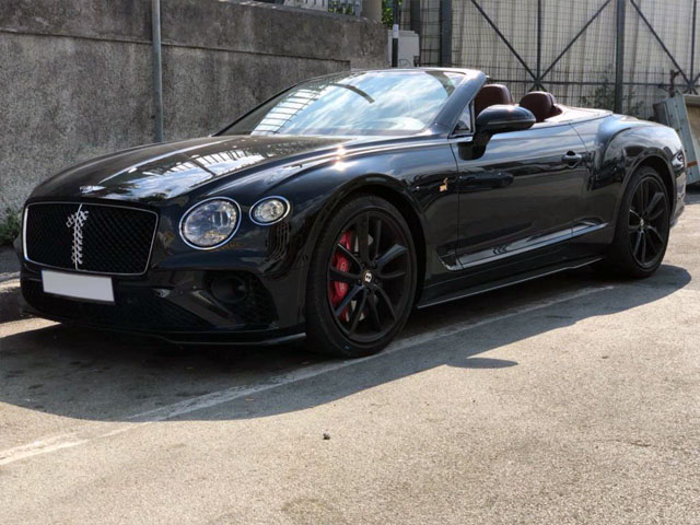 Cabriolet rental in Hanau