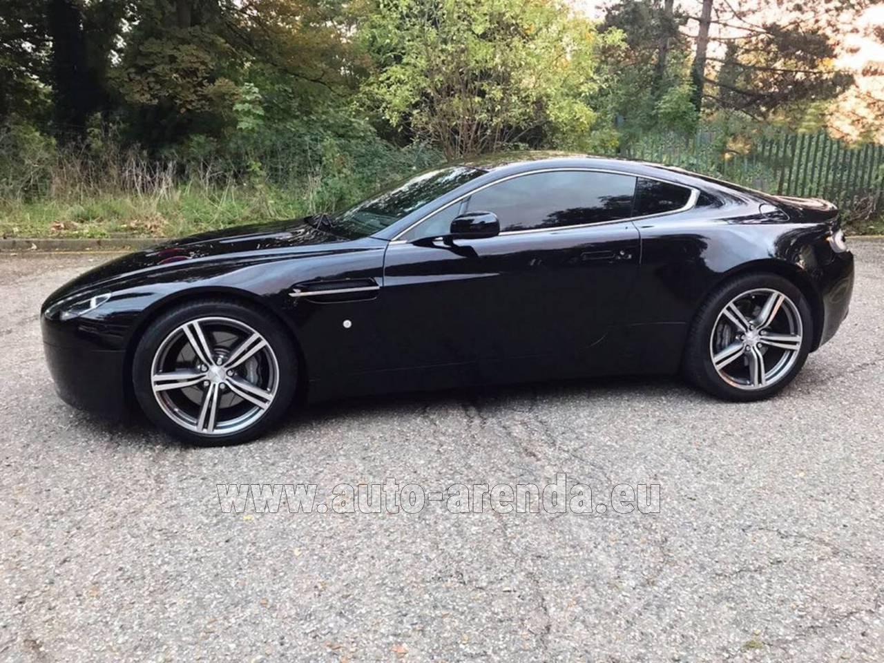 Rent The Aston Martin Vantage 4 7 436 Cv Car In Essen