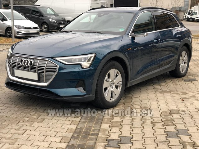 Hire and delivery to Berlin-Tegel airport the car Audi e-tron 55 quattro (electric car)