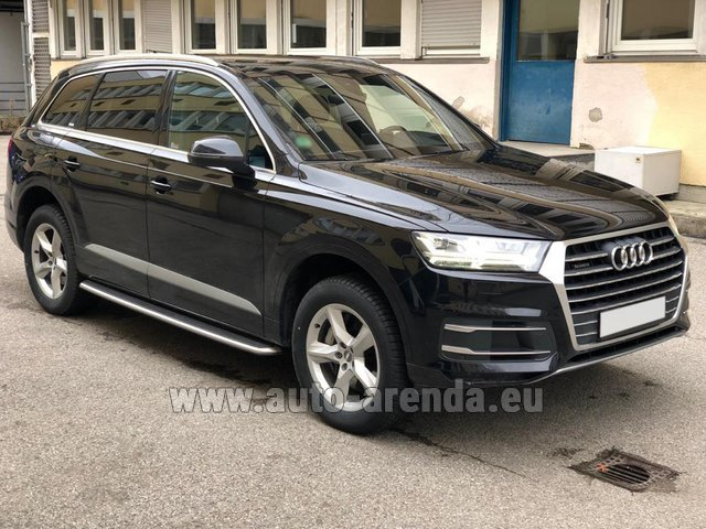 Hire and delivery to Berlin-Tegel airport the car Audi Q7 50 TDI Quattro 5-7 seats