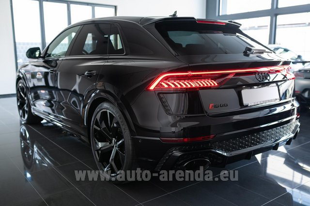 Hire and delivery to Berlin-Tegel airport the car Audi RS Q8