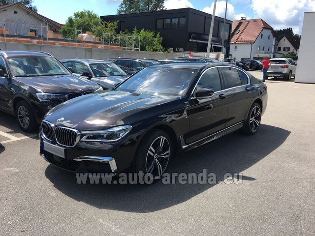 Rental BMW 750i XDrive M equipment in Frankfurt