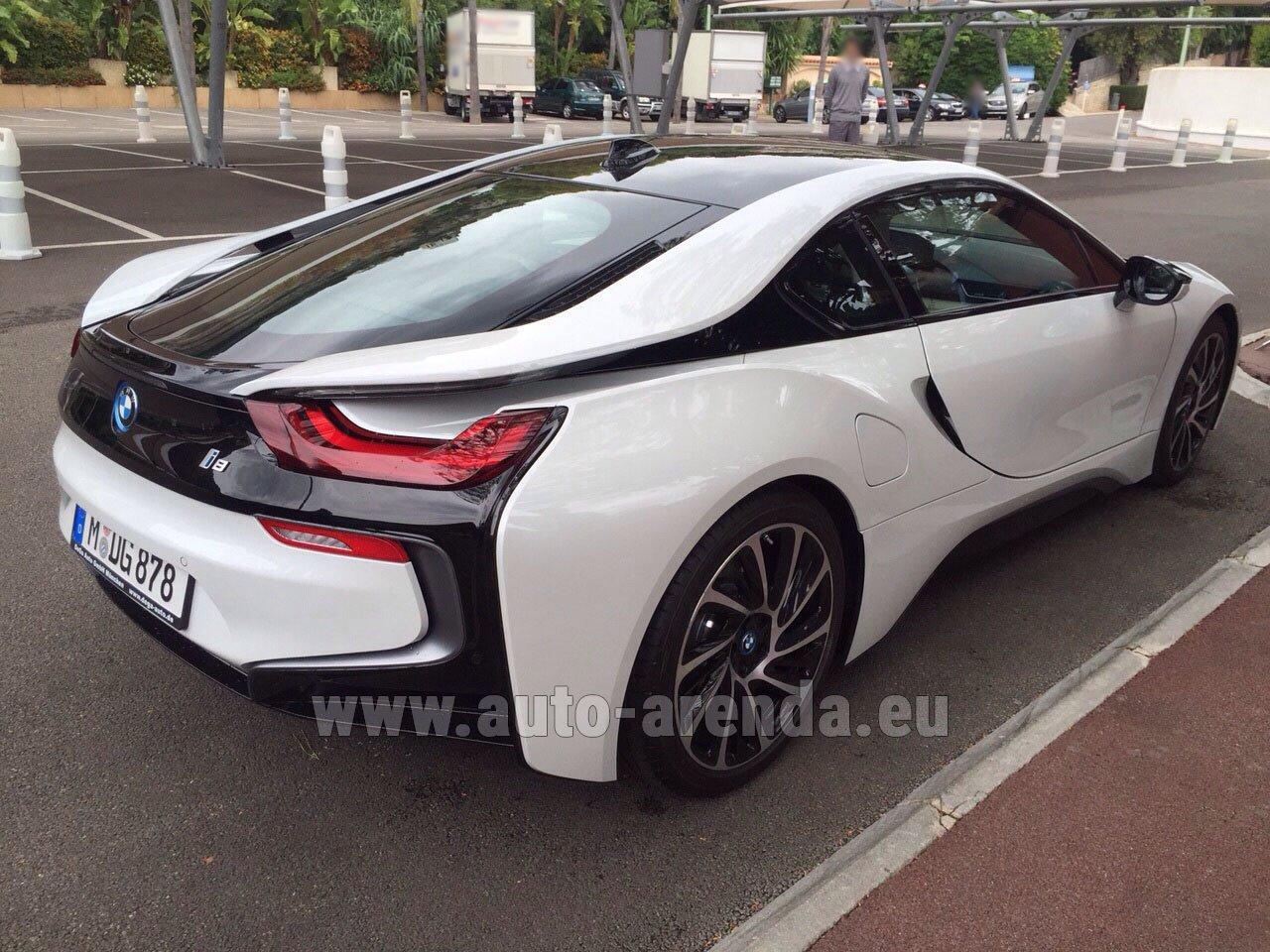Аренда автомобиля БМВ i8 Купе Pure Impulse в Берлине
