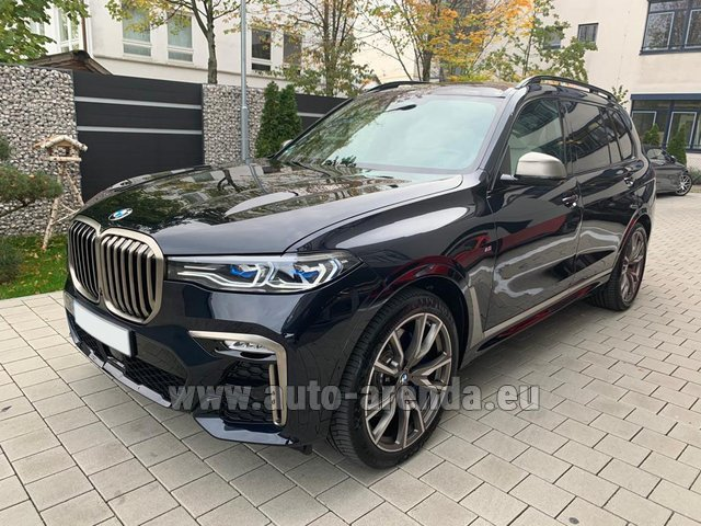 Rental BMW X7 M50d in Koblenz