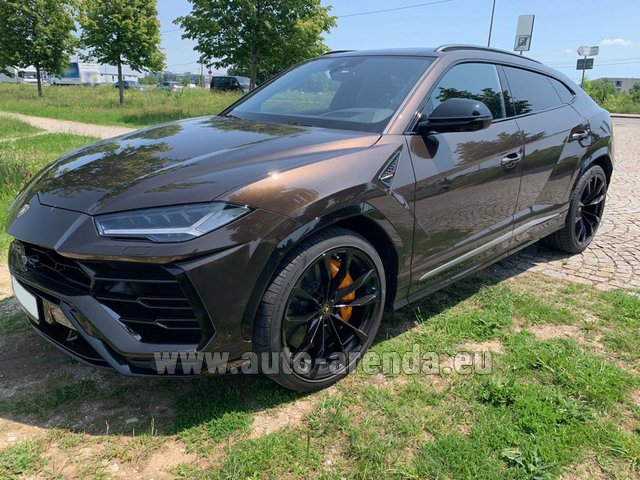 Rental Lamborghini Urus in Germany