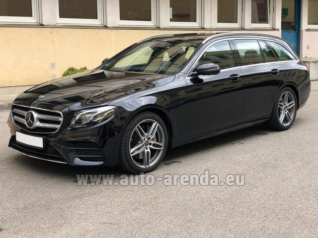 Hire and delivery to Memmingen airport the car Mercedes-Benz E 450 4MATIC T-Model AMG equipment