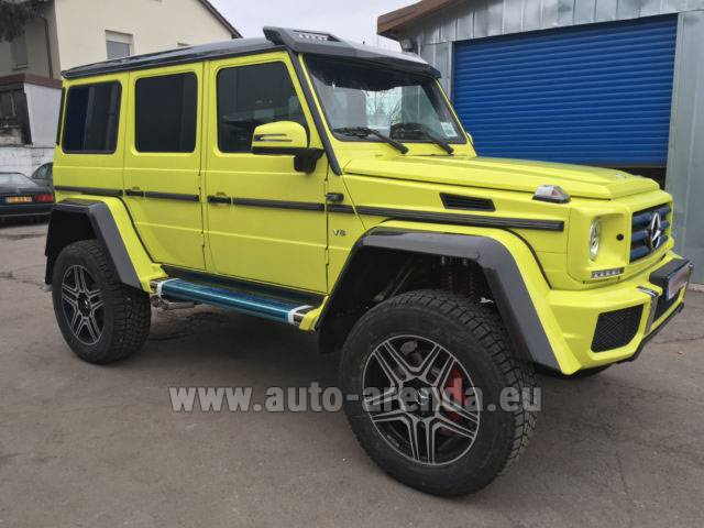 Hire and delivery to Memmingen airport the car Mercedes-Benz G 500 4x4 Yellow