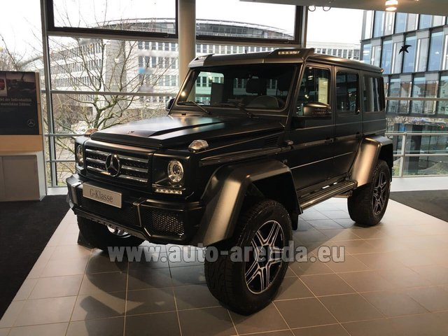Hire and delivery to Memmingen airport the car Mercedes-Benz G-Class G 500 4x4² V8