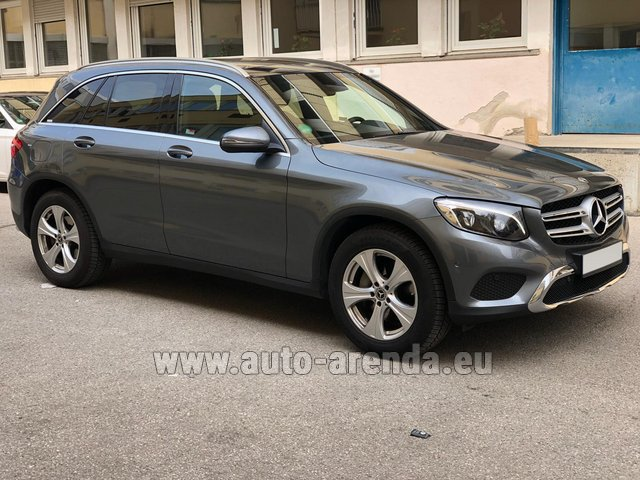Rental Mercedes-Benz GLC 220d 4MATIC AMG equipment in Berlin