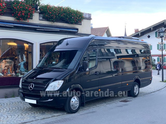 Hire and delivery to Memmingen airport the car Mercedes-Benz Sprinter 18 seats