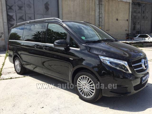 Hire and delivery to Memmingen airport the car Mercedes-Benz V-Class (Viano) V 250 Long 8 seats