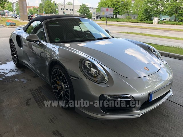 Hire and delivery to Memmingen airport the car: Porsche 911 991 Turbo S