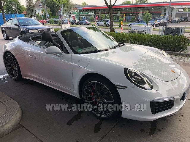 rent the porsche 911 carrera 4s cabrio white car in hanau