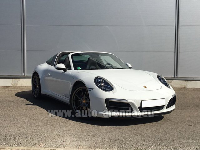 Hire and delivery to Hamburg airport the car: Porsche 911 Targa 4S White