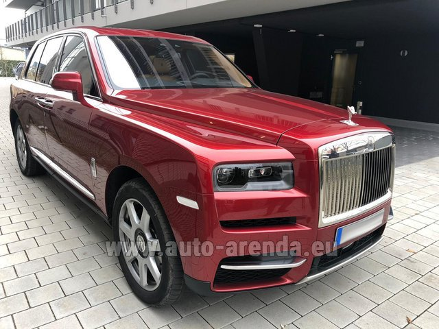 Rental Rolls-Royce Cullinan in Berlin
