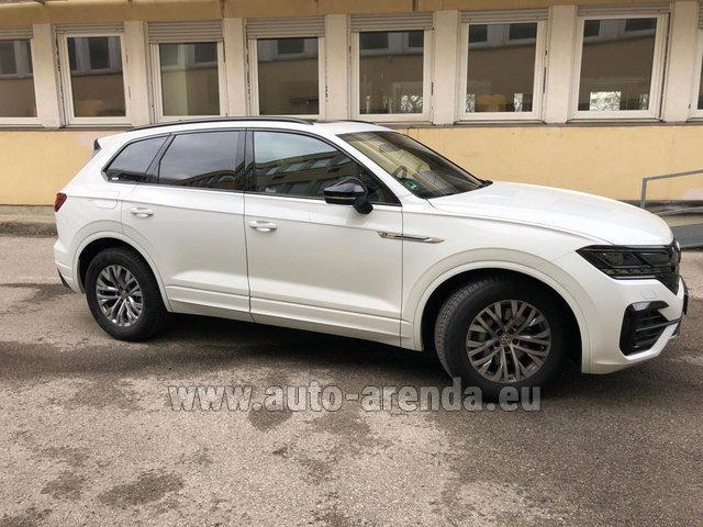 Rental Volkswagen Touareg R-Line in Germany