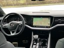 Rent-a-car Volkswagen Touareg R-Line in Fulda, photo 10